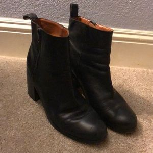 Gap Black Leather Booties Sz 10